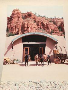 The exceptional buildings of El Rojo Grande Ranch